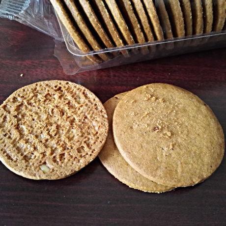 IKEA「KAFFEREP カッフェレプ ジンジャーシンクッキー(アーモンド1.9%使用)」